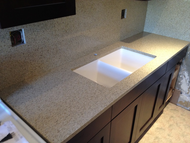 Recycled Glass Surface In Kona Makes This Kitchen POP!
