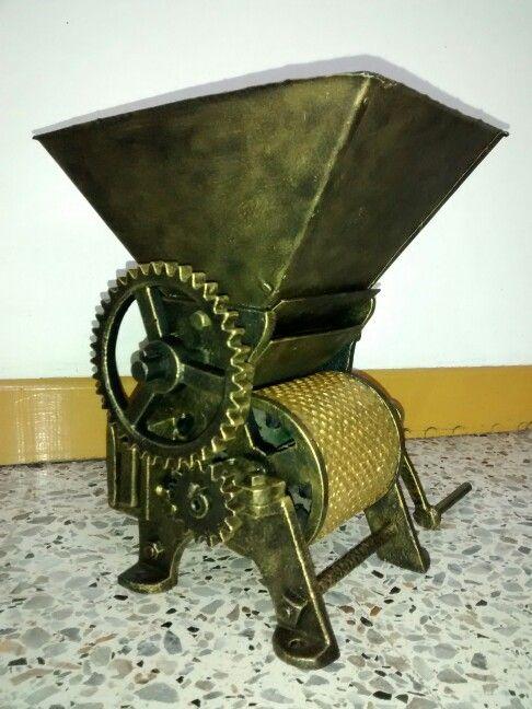 Mini maquina despulpadora de café