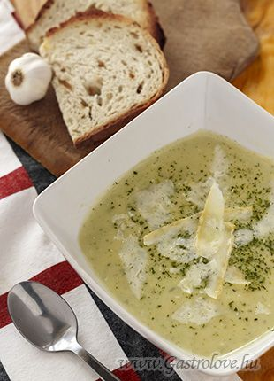 Potato and leeks cream soup with parmesan
