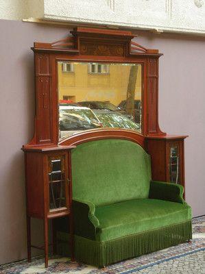Prunkvoller Jugendstil Sofa mit Überbau um 1890/1900
