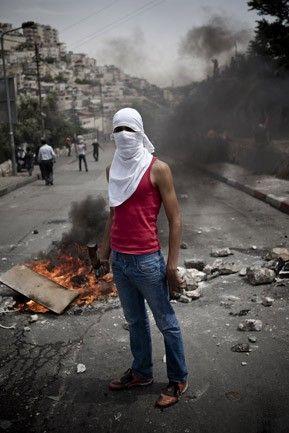 Ruben Salvadori - Photojournalism Behind the Scenes