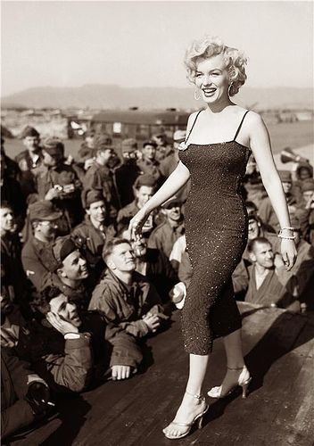 My Love Of Old Hollywood: Hollywood and the USO
