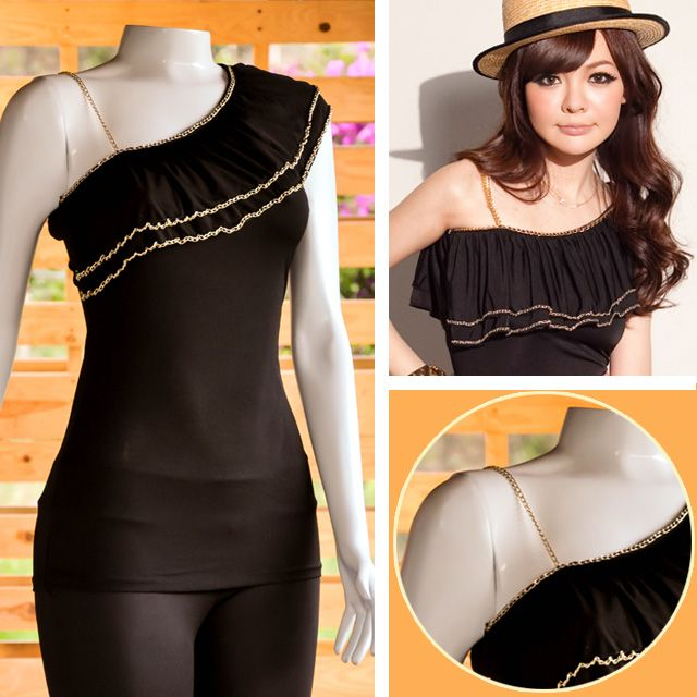 Blusa negra con cadena de tira, encuentra esto y mucho más en: www.niuenlinea.co