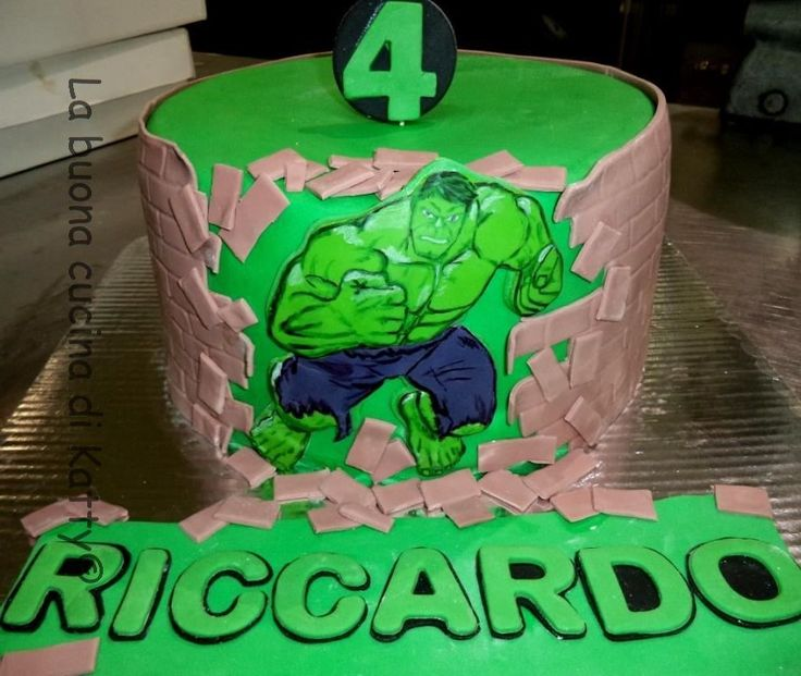 Katty's cakes - Le torte di Katty : Torta incredibile Hulk - Incredible Hulk cake