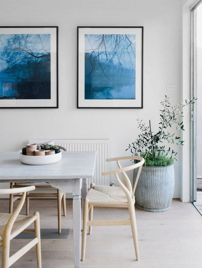 Lovely space - can't go wrong with those wishbone chairs.