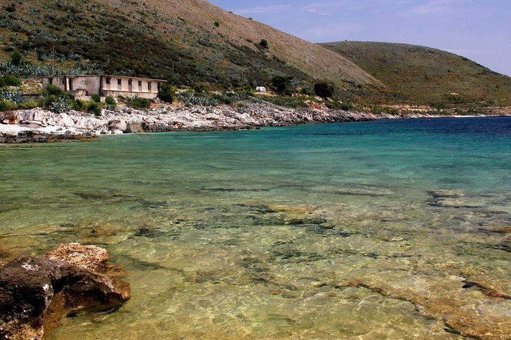 La mer près du château de Palermo
