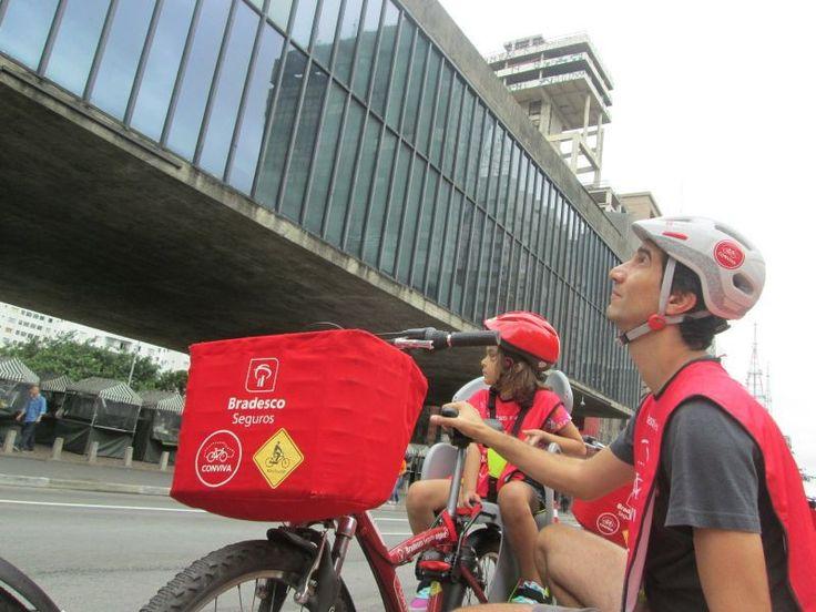 Pedalando pela Avenida Paulista com o Bike Tour SP