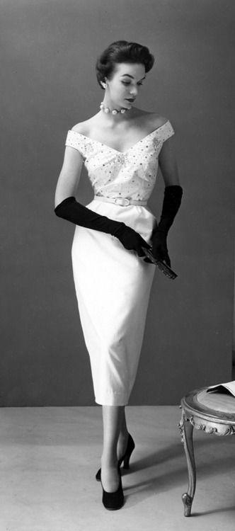 1953 - Evening Wear                                                                                                                                                                                 More