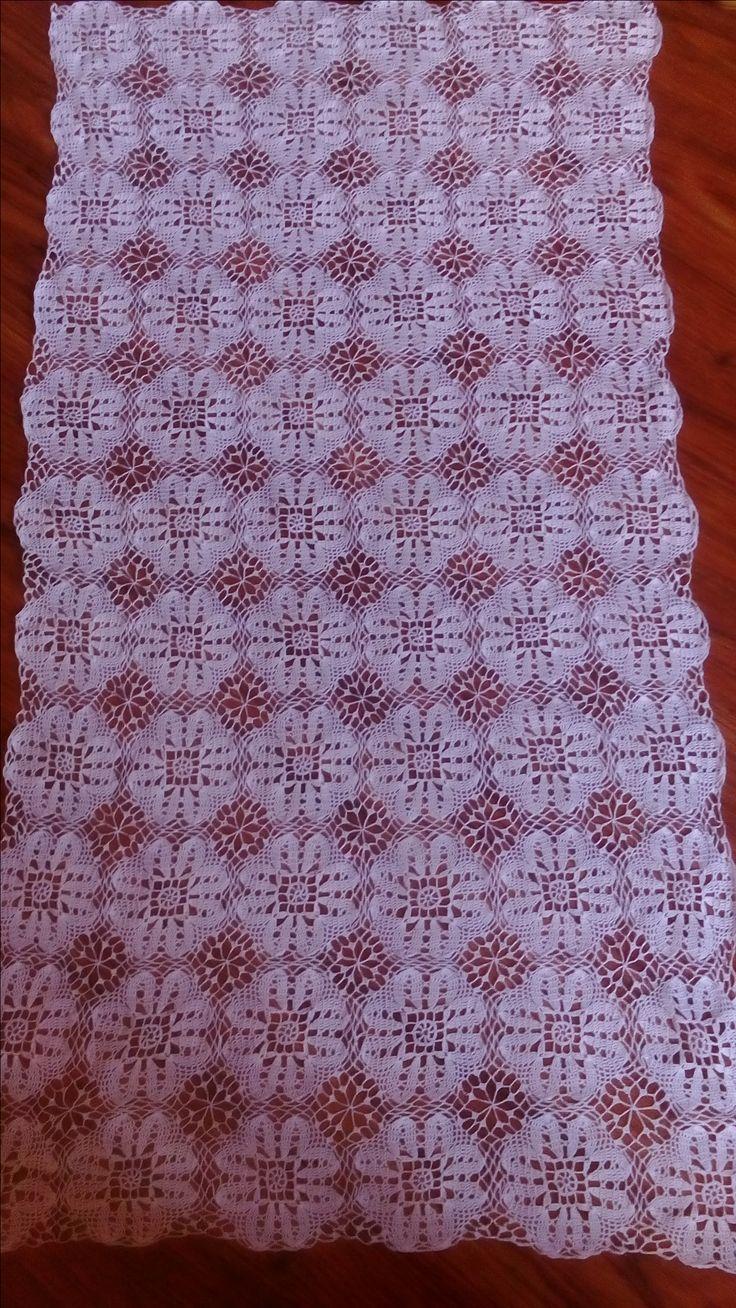 biała serweta 130cm długości,autorstwa Anna Borowczyk