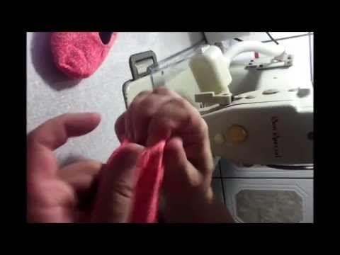 esse video mostra o passo a passo de como fazer seu sapatinho de bebe , esse modelo é a base para todos os outros caso queira adquirir os moldes mande um ema...