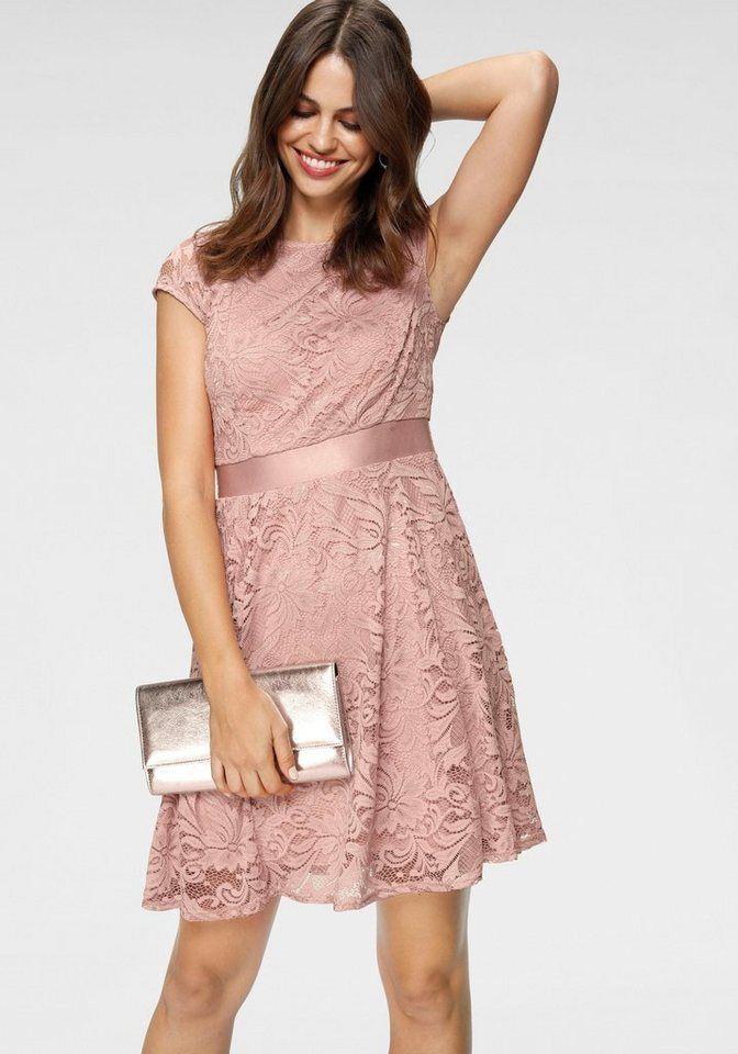 Ob Abschlussball Taufe Oder Die Nachste Hochzeitseinladung Wichtige Ereignisse Verlangen Das Perfekte Outfit M In 2020 Spitzenkleider Kleid Spitze Kleider