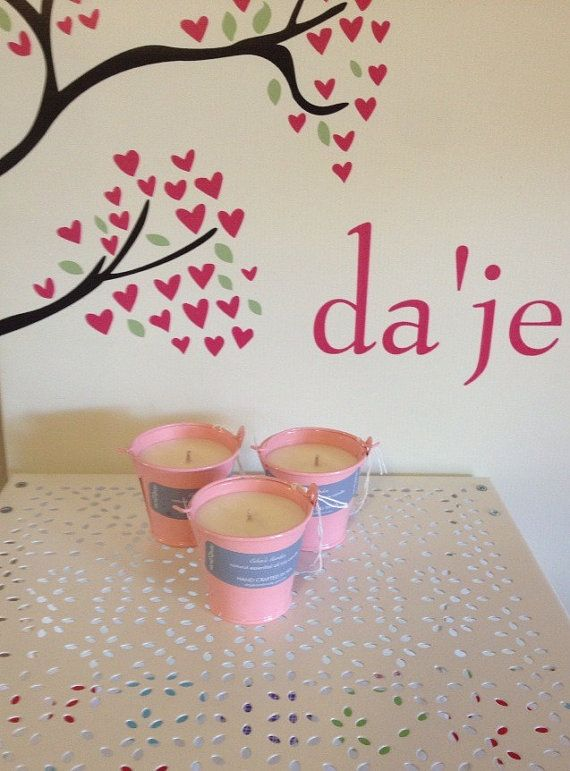 $15 Natural Soy Candle scented with Eden's Garden by dajehandmade