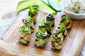 Um petisco muito saboroso para variar seus aperitivos. Siga o passo a passo e surpreenda seus convidados com estes rolinhos de abobrinhas