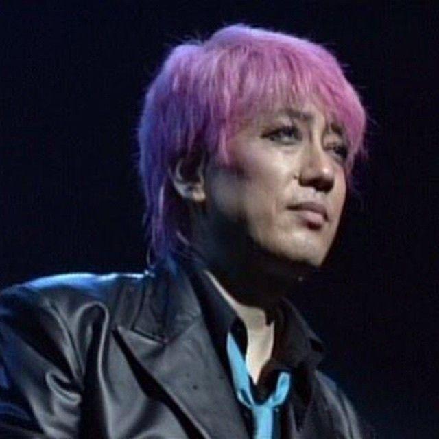 ピンクジュリーが最高にかっこいい 47歳とは思えない #沢田研二 #ジュリー #kenjisawada #julie #ピンク #髪 - @kimina713