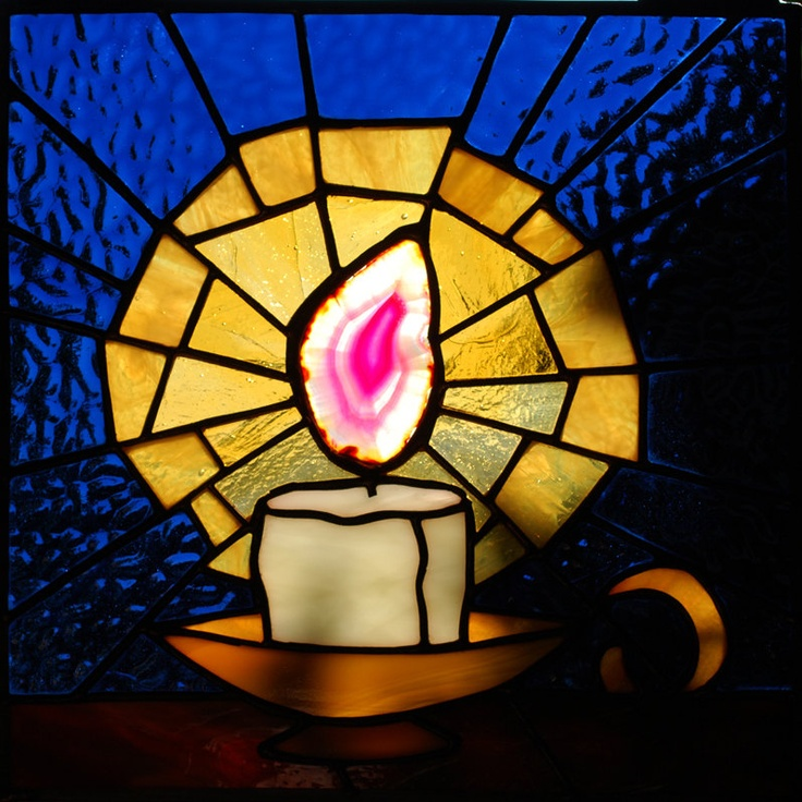 Clever Stained Glass Panel - Candle using agate slice by aHouseofShards on #etsy