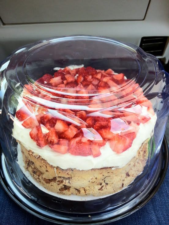 "strawberry mostachon (mexican meringue pie)! 5.00 stars, 1 reviews. ""this a fresh light and airy pie that contains no flour. Absolutely delicious :flower"" @allthecooks #recipe #dessert #cold #pie #cake #mexican"