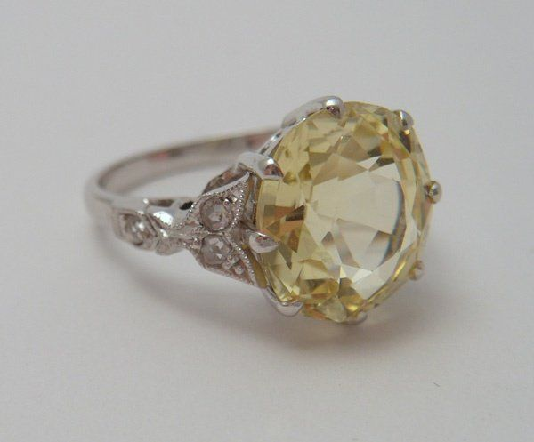 Dream engagement ring. Vintage yellow sapphire!
