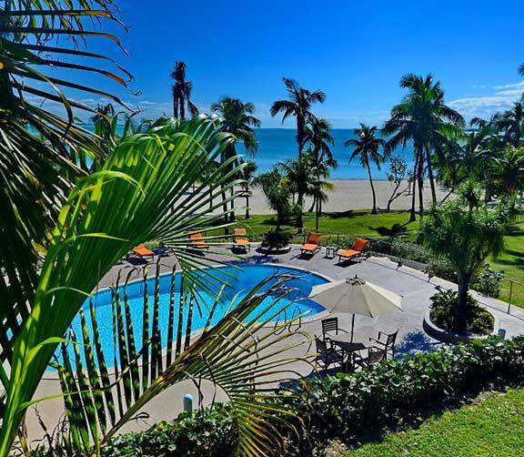 Abaco Beach   Parcs aquatiques, cours de cirque et plus encore. Jeunes et adultes trouveront tout ce qu'ils désirent dans ces hôtels familiaux des Caraïbes.