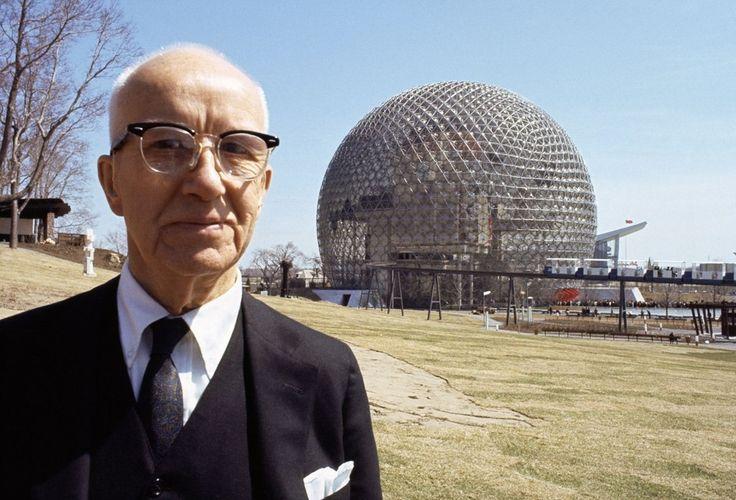 История изобретения геокупола (купольных конструкций)  Ричард Бакминстер Фуллер(англ. RichardBuckminsterFuller; 12 июля 1895 - 1 июля 1983) - американский архитектор, дизайнер, инженер и изобретатель. С 1947 года Фуллер разрабатывал пространственную конструкцию «геодезического купола» представляющего собой полусферу, собранную из тетраэдро. Геодезические купола принесли Фуллеру международное признание (в 1959 году для Американской национальной выставки в Москве был построен «золотой купол»…
