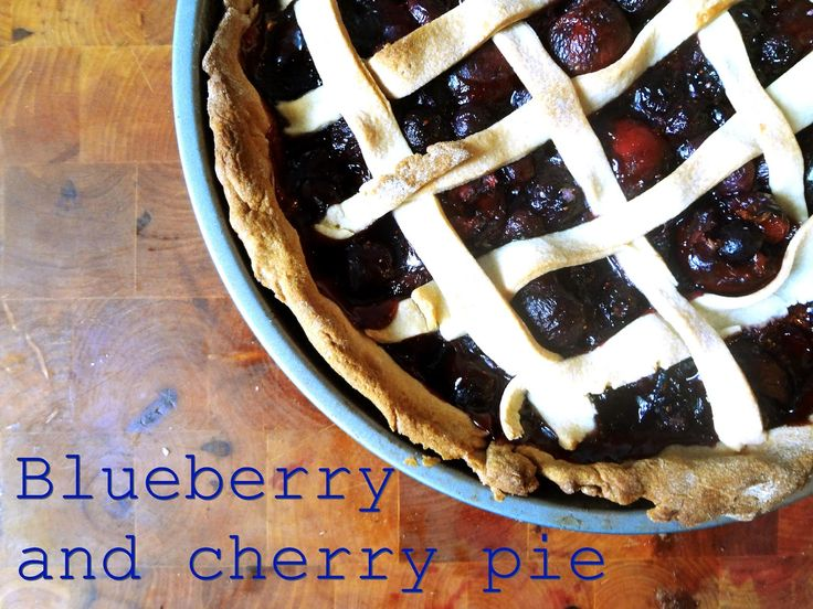 Blueberry and cherry pie