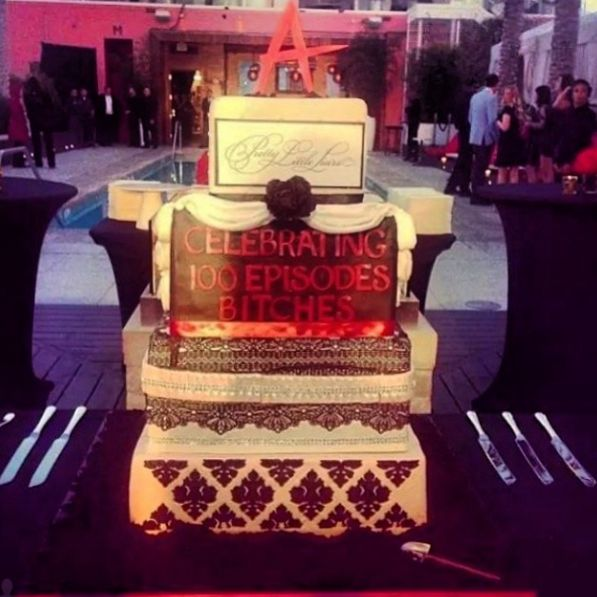 This cake was A-mazing!! #PLL