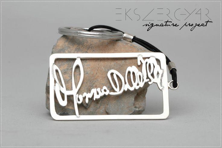Aláírás kulcstartó. 925-ös ezüst. Signature keyring. Sterling silver. www.ekszergyar.hu/signatureproject