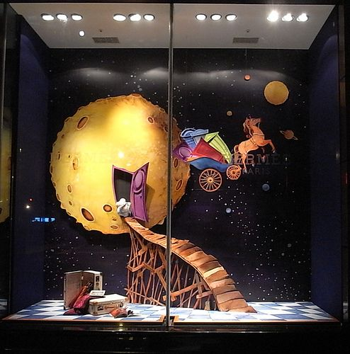 TAINAN 2009 hermes window by AnDrEa_Paris, via Flickr