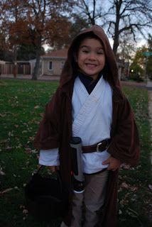 Easy instructions for an Obi-Wan Kenobi costune.