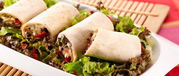 Burrito Vegetariano ? Si eres vegetarian@ no puedes perderte esta deliciosa preparación de burritos. #Burrito #Vegetariano #Vegetariana #Receta #Cocina #Preparacion #Culinaria #EnLaOlla #DiaDeLaMadre http://en-la-olla.blogspot.com/2015/05/burrito-vegetariano.html