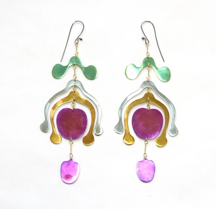 Mobile earrings by Sian Evans from the Botany collection : Multicoloured Niobium and 18ct gold. 'Androecium' earrings