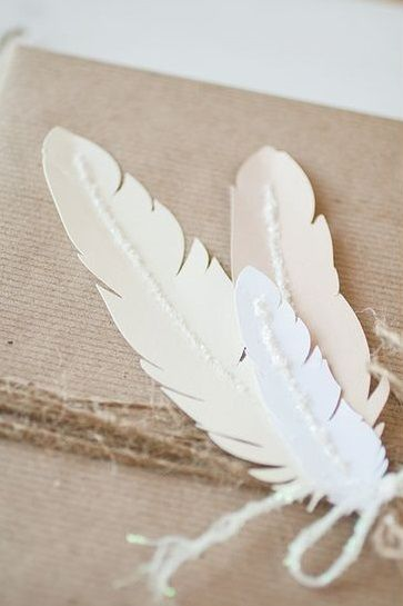 pretty feather tags