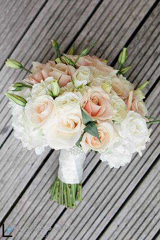 Wedding flowers by Sarah from the flowerroom , images by Larsson Photography http://www.larsson.co.nz