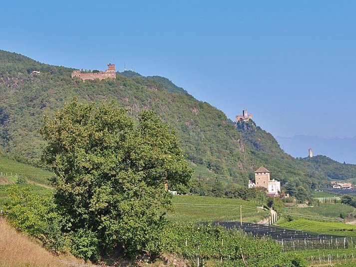 Burgenwanderung in Eppan (leicht bis mittel)