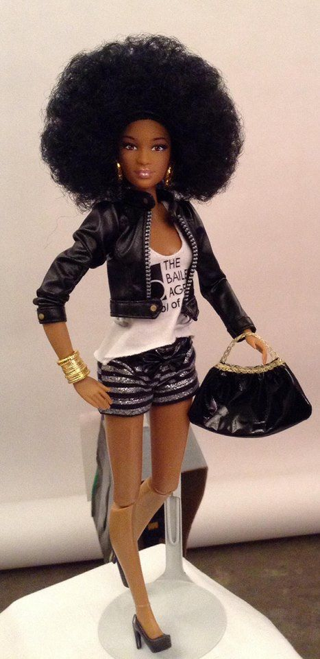 Super-Mom Creates Black Dolls With Natural Hair