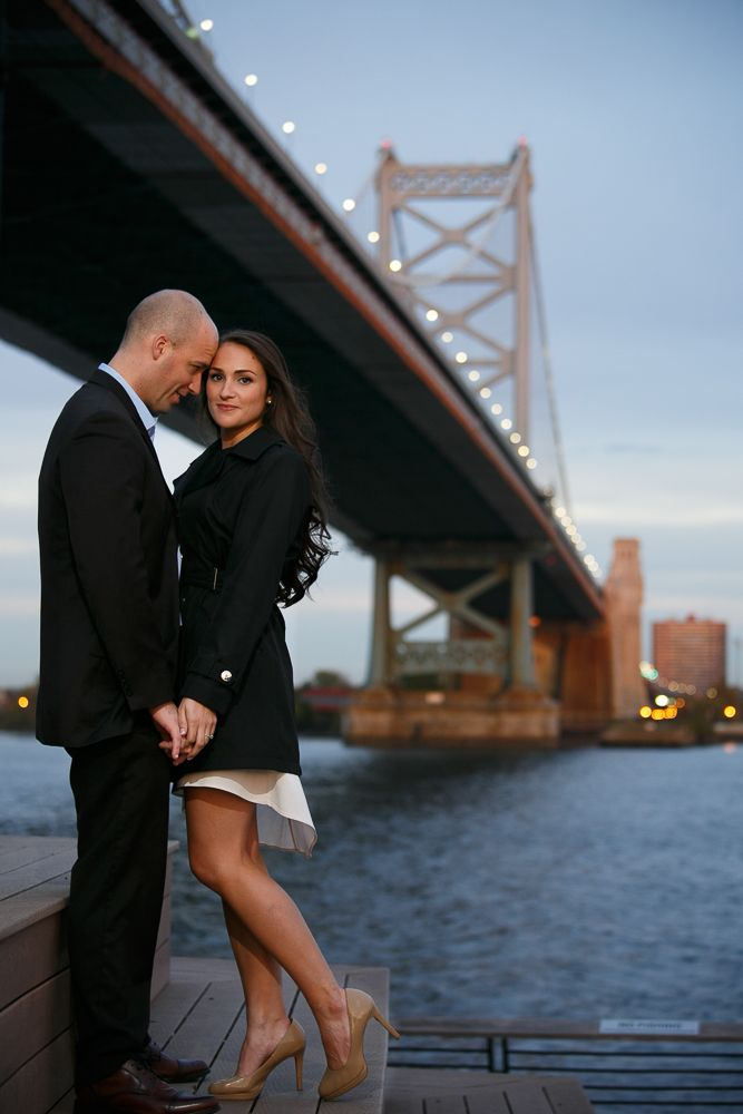 Philadelphia Engagement Photos - Ben Franklin Bridge - Krista Patton Photography - Philadelphia Wedding Photographer