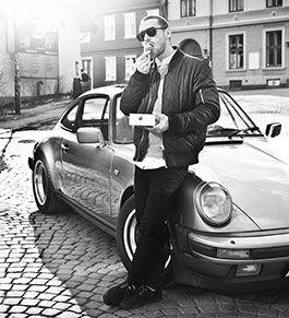 DJ Goldfinger took us for a ride in his car <3 #Porsche #kokosbolle
