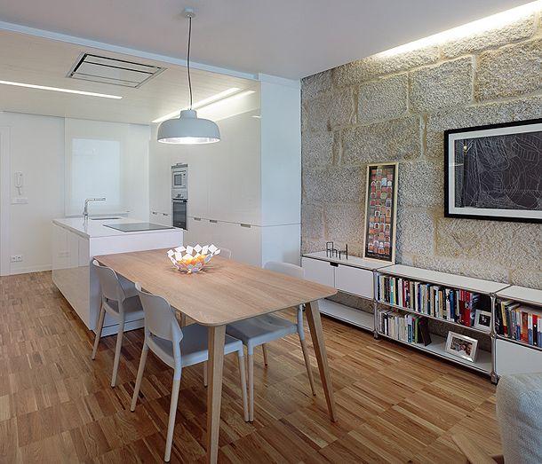 Apartment in Vigo - Belloch chairs, design by La Granja for Santa & Cole