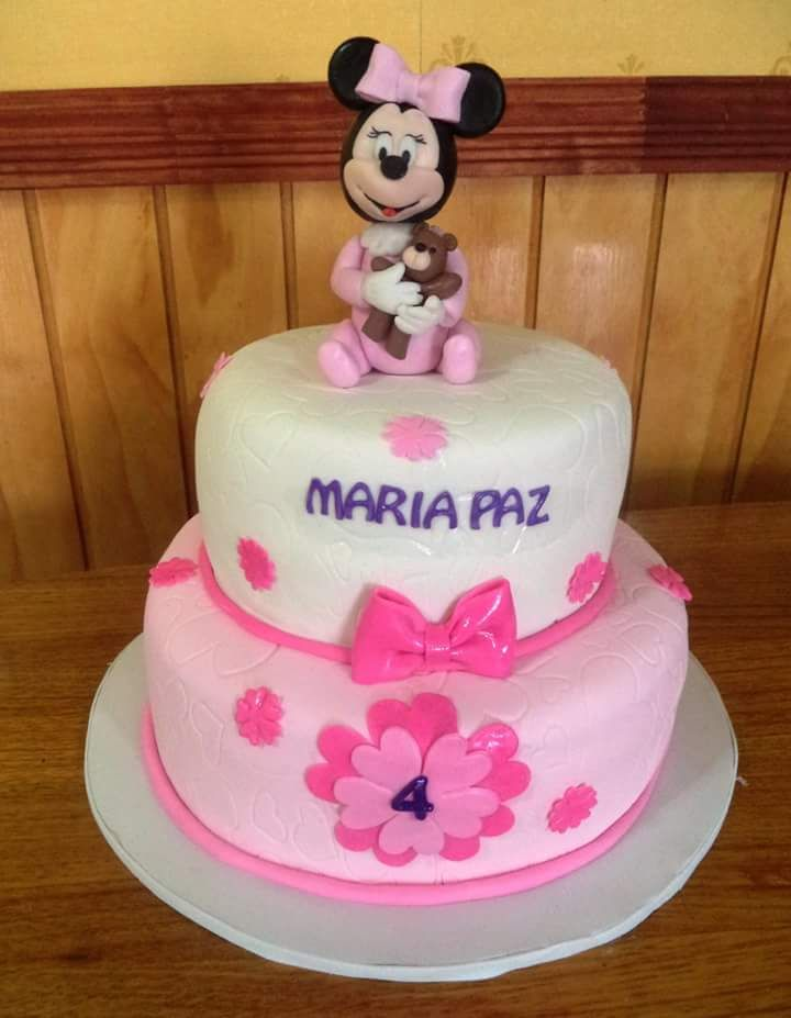 #BabyMinnie #fondant #cake by Volován Productos #Minnie #instacake #puq #Chile #VolovanProductos #Cakes #Cakestagram #SweetCake