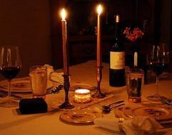 Caripen bistro. Un maravilloso restaurante francés para cenar a altas horas de la noche. En Plaza de la Marina Española, 4