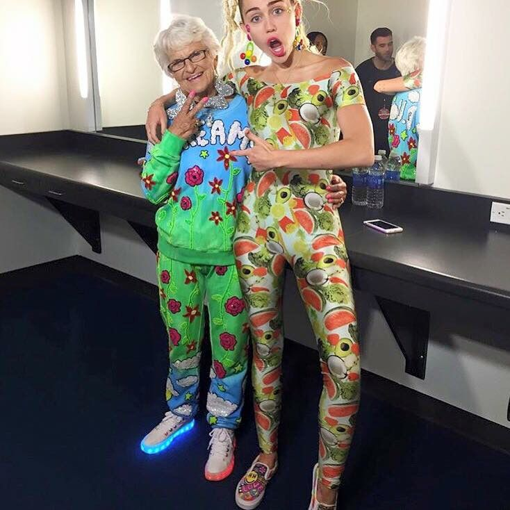 miley cyrus converse shoes tie-dye backgrounds with aliens meme