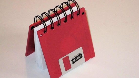 Recycle idea for 3.5 floppy disks.