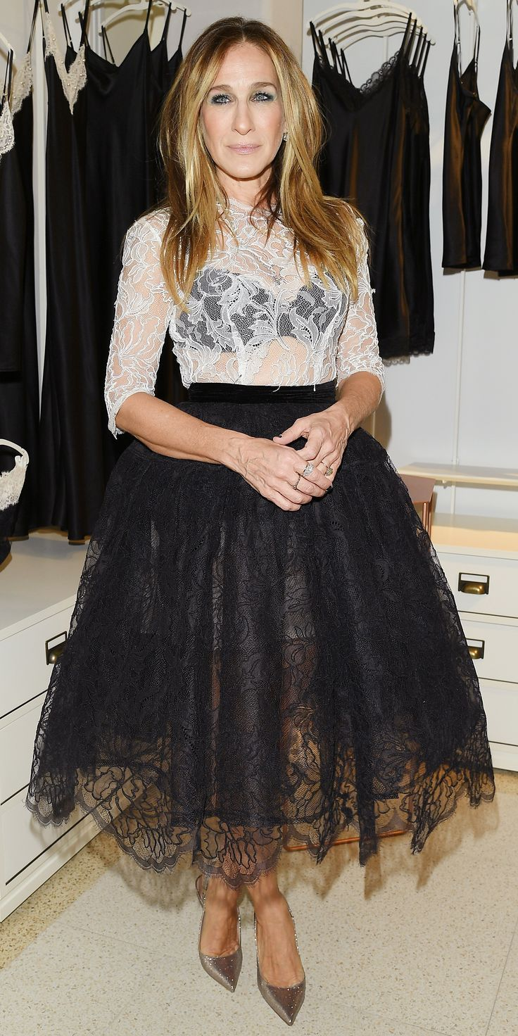 On Wednesday night, Sarah Jessica Parker showed us the 2017 way to wear a tulle skirt. Instead of going for the ultra-short version that Carrie Bradshaw made popular during the opening credits of Sex and the City, Parker demonstrated a grown-up take with a long, black silhouette. A sheer lace top, peek-a-boo bra, and sparkly heels completed the look.