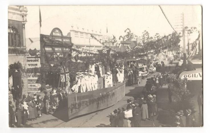 Real Photograph of The 1919 Peace Parade in Masterton. - 69823 - Postcard - Postcards Wairarapa-Bush. - Postcards New Zealand - Postcards By Country - EASTAMPS