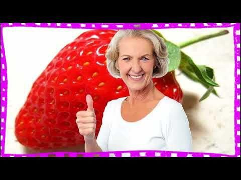 Cuales Son Las Vitaminas De La Fresa https://www.youtube.com/watch?v=HgbBpZ7GCGI cuales son las vitaminas de la fresa - -antioxidantes: las fresas son ricas en vitamina c bioflavonoides y antocianinas unos pigmentos vegetales de color rojo. las necesidades diarias rondan los 60 miligramos para una persona adulta sana una cantidad que se suple al consumir una ración de cualquiera de las frutas más ricas en vitamina c. esta fruta es una de las mas ricas fuentes naturales de vitamina c y…