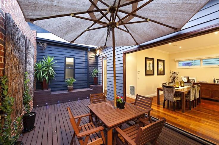 Couryard decking with box seating - Preston, Victoria, Australia