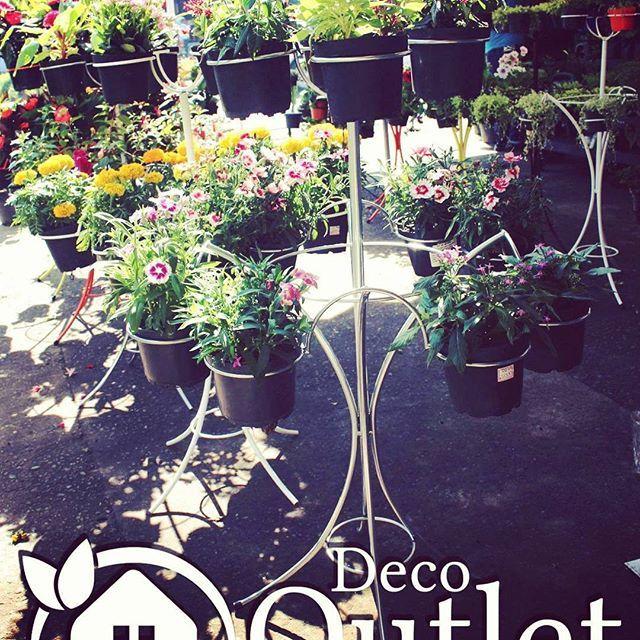 Todo lo que necesitas para tu jardín encuentralo en #DecoOutlet,  Nuevos soportes de hierro porta macetas PBX:3222023