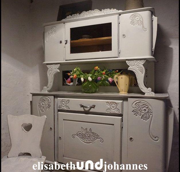 Vintage Buffets - Uralt! shabby chic Buffet Schrank weiss Zeeland - ein Designerstück von elisabethUNDjohannes bei DaWanda