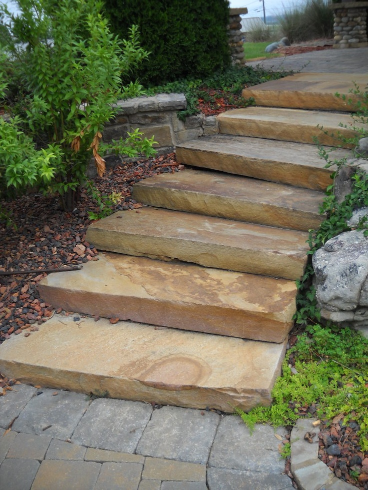 Best Crab Orchard Step Treads Natural Stone Retaining Wall 640 x 480