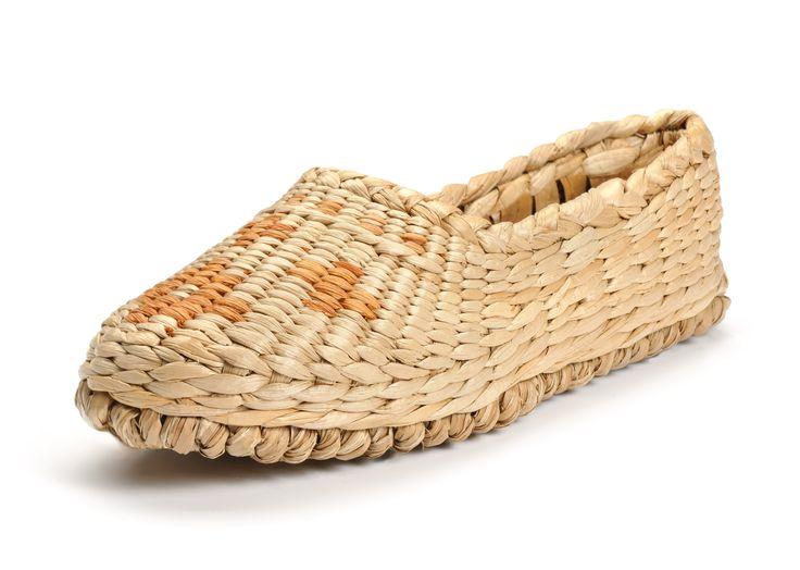 Hand woven straw shoe $15.00