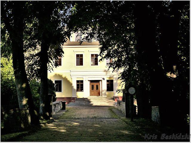 szlaki i bezdroża: Jarnołtówek - pałac